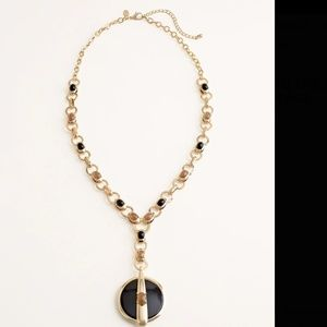 LONG BLACK AND GOLD-TONE PENDANT NECKLACE